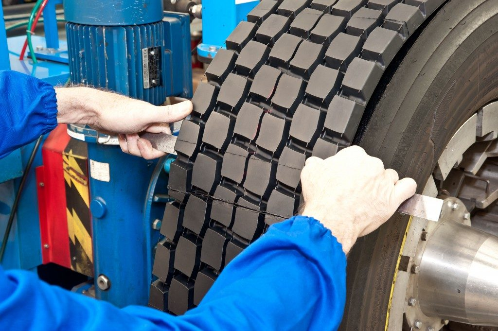 Tire retreading companies compete tier 4
