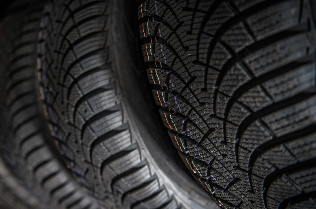 Tips for Buying The Right Commercial Truck Tires