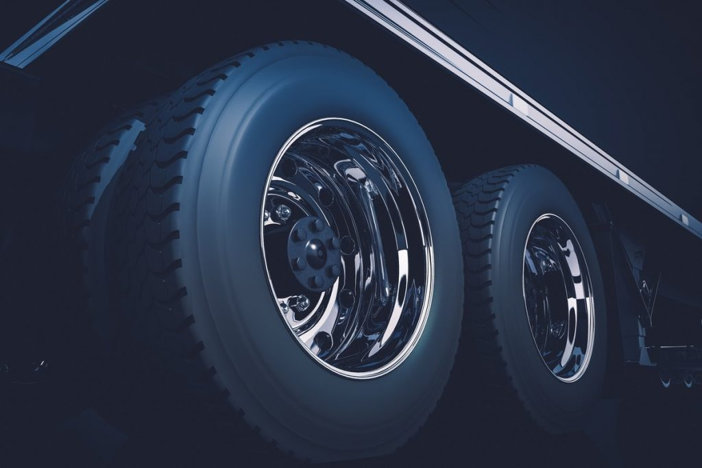 Why retread the commercial tires of your transport fleet?