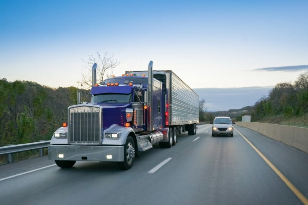 How to Estimate the Useful Life of Your Commercial Truck Tires